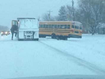 wsbt-school-bus-new-carlisle