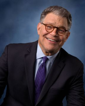 Al_Franken,_official_portrait,_114th_Congress