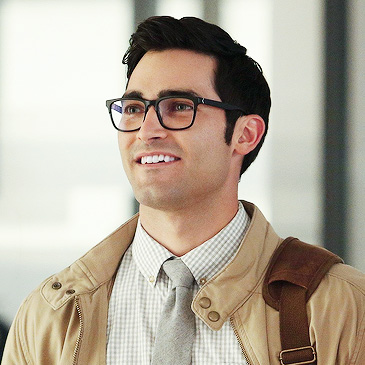 Clark_Kent_-_Tyler_Hoechlin